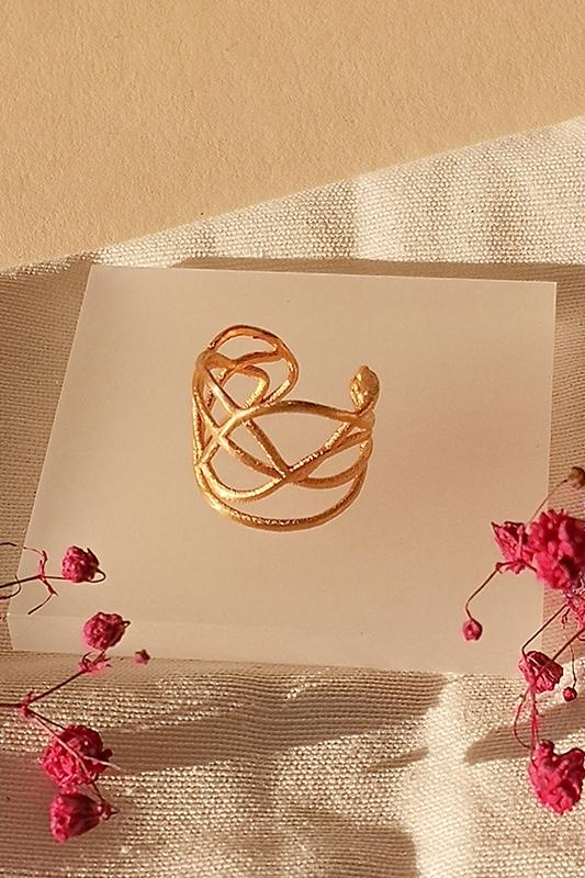 Designer earcuff aus gold