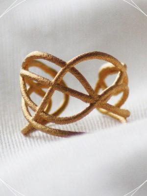 Design Ring aus dem 3d Drucker.