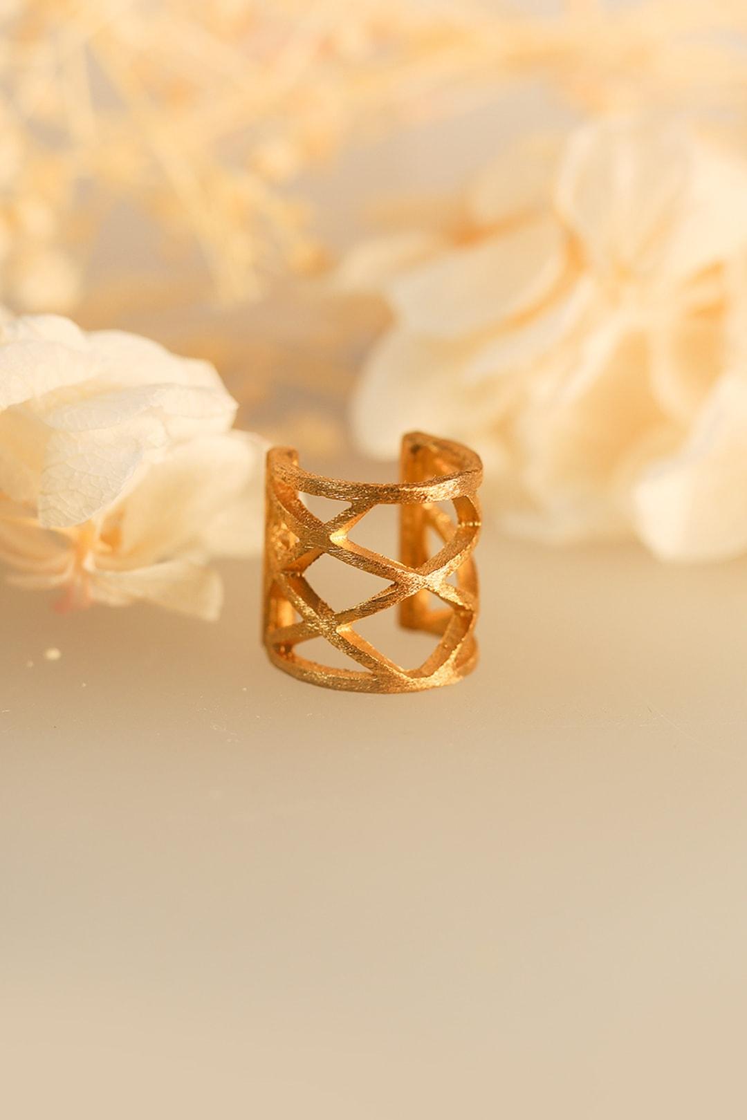 earcuff gold