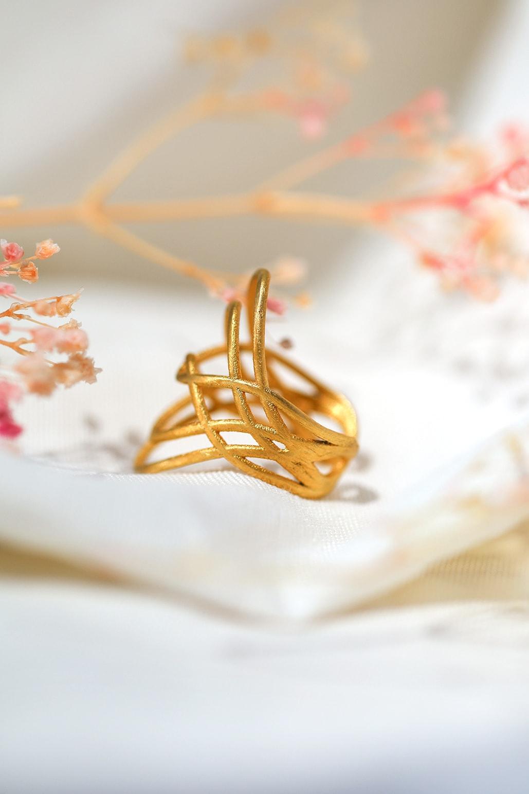 großer filigraner Ring