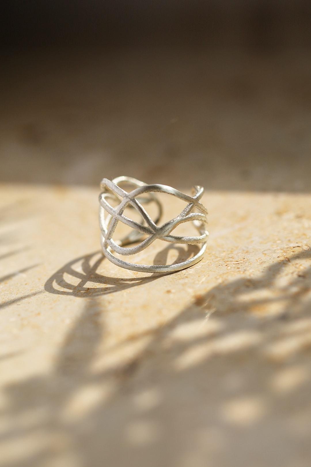 verschnörkelter Ring silber